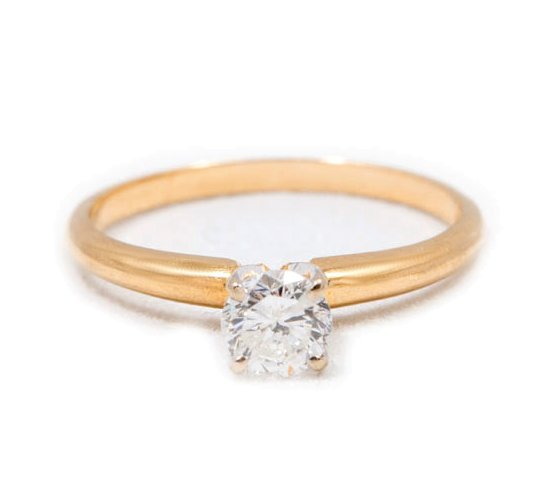 VINTAGE YELLOW GOLD SOLITAIRE ENGAGEMENT RING