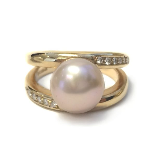 aadf4abbed4d4 Yellow gold vintage pearl diamond ring - Argo & Lehne Jewelers