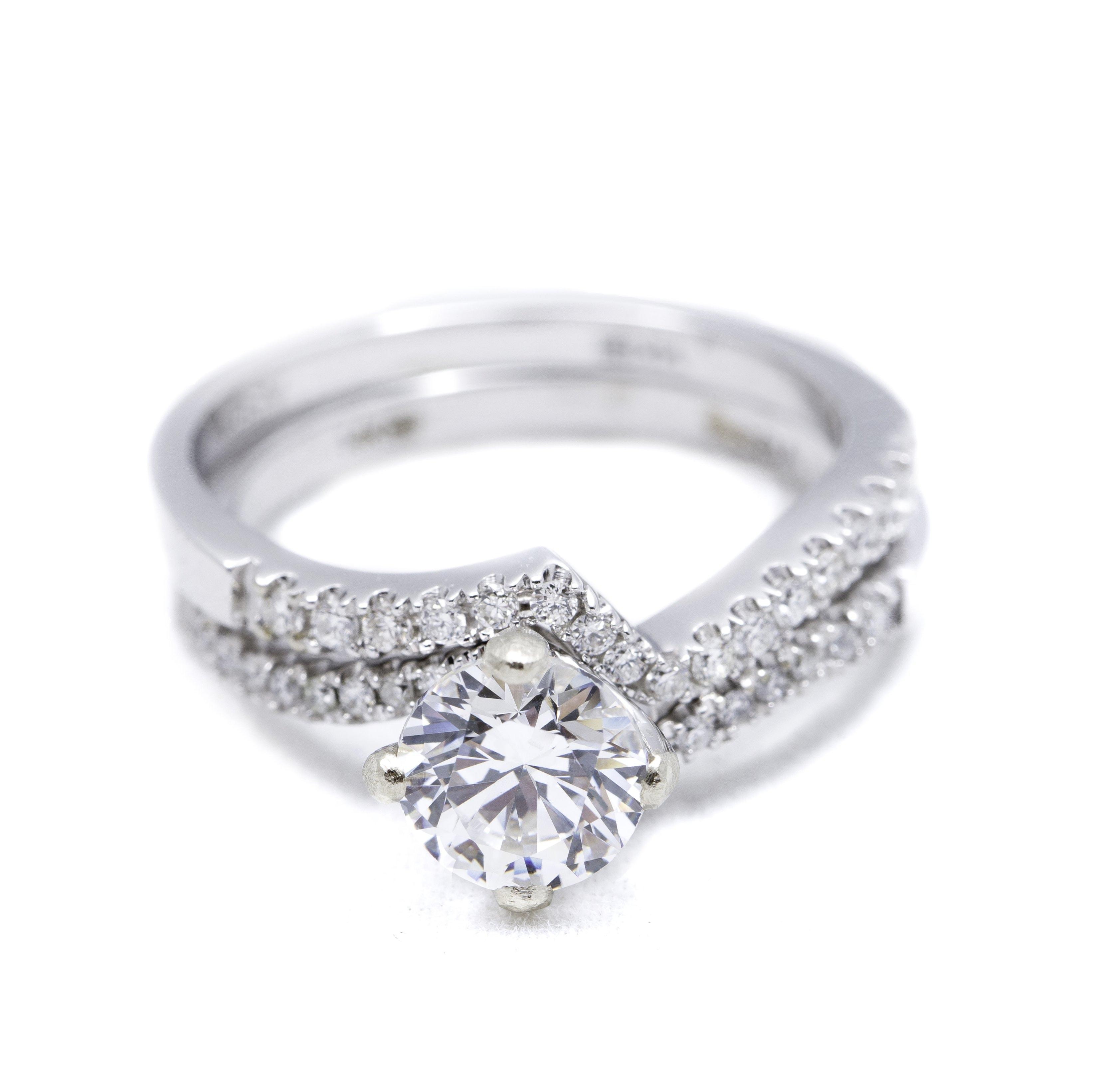 Wedding Ring Sets.White Gold Diamond Ring Mounting And Wedding Ring Set